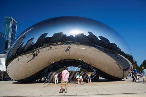 Contemporary polished stainless steel Construction of Cloud Gate
