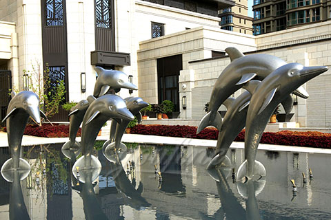 Mirror polished 304 stainless steel dolphin sculpture