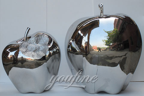 2017 Outdoor Mirror polished Modern Metal Sculpture in Stainless Steel for Sale